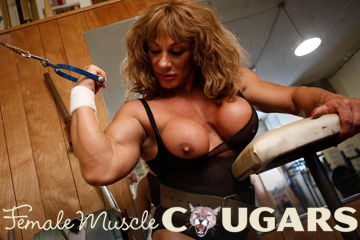 Female Muscle Cougars - Mature Female Muscle