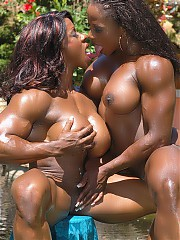 Horny bodybuilders and athlete women pleasuring themselves at the gym